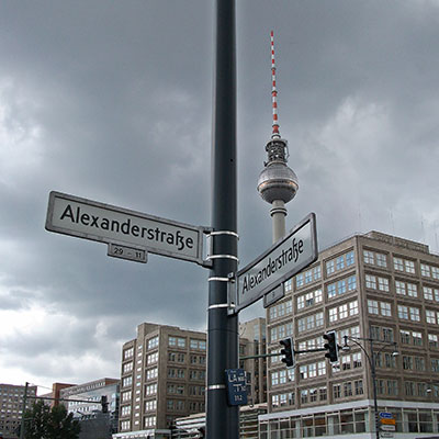 Berlin, Alexanderplatz(c)Jim Pfeffer/PIXELIO.jpg