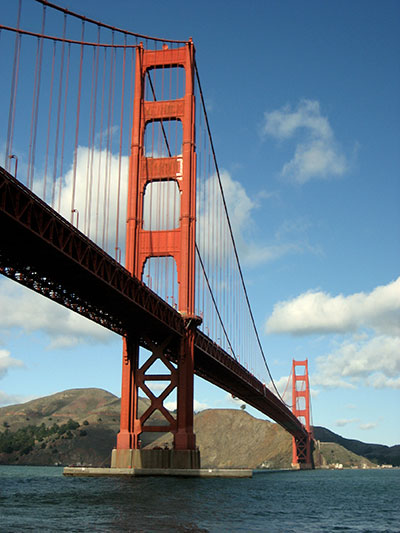 Golden Gate Bridge, San Francisco (c) yogilino/PIXELIO
