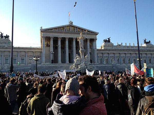 Anti ACTA Demo, 25. Februar 2012, vor dem Parlament, Wien